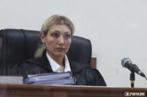 Заседание по делу Роберта Кочаряна и Армена Геворкяна отложено: бывшему вице-премьеру нужнее новый адвокат