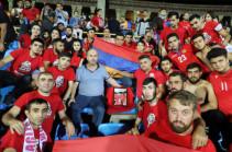 Զոհված որդու փոխարեն Հայաստանի հավաքականի խաղին Գեղամ Նազարյանն է միացել «Red Eagles»-ին
