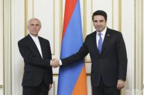 Ален Симонян и посол Ирана обсудили ситуации на межгосударственной дороге Горис-Капан
