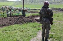 Азербайджан нарушил режим перемирия в Карабахе, армянский военный получил ранение