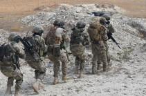 Զորավարժություններ. անձնակազմը ներխուժել է հակառակորդի հրամանատարական կետ և առգրավել կարևորագույն փաստաթղթեր. Լուսանկարներ
