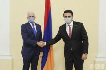 Ալեն Սիմոնյանը հանդիպել է Հայաստանում ՄԱԿ-ի մշտական համակարգող Շոմբի Շարփի գլխավորած պատվիրակության հետ