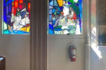 Կալիֆորնիայում վանդալները կոտրել են Սուրբ Պետրոս հայկական եկեղեցու վիտրաժները