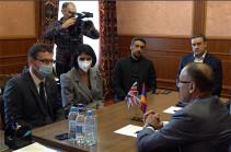 Власти препятствуют визитам заграницу депутатов фракции «Армения» в составе парламентских делегаций – оппозиционеры  встретились с послом Великобритании