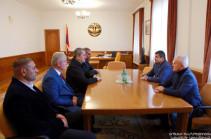 Президент Арцаха принял членов отряда «Армянские орлы»