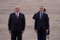 ՀՀ նախագահը   Հռոմում  հարգանքի տուրք է մատուցել «Հայրենիքի խորանին» (Տեսանյութ)