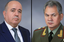 Armenian, Russian defense ministers hold meeting in Moscow