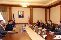Министр обороны Азербайджана и представитель НАТО обсудили поствоенную обстановку на Южном Кавказе