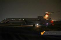 Հայ գերիներին տեղափոխող ինքնաթիռը վայրէջք կատարեց Երևանում