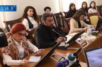 Власти пытаются бороться против фейков, но ведут эту борьбу не против фейков, а против СМИ – Арам Вардеванян