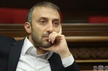 Депутат фракции «Армения» Давид Седракян представил заявление об отказе от мандата