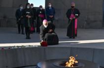 Представитель Ватикана в Ереване почтил память невинных жертв Геноцида армян