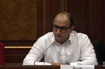Фракция «Честь имею» по приглашению Никола Пашиняна сейчас может обсудить только текст его отставки – Айк Мамиджанян