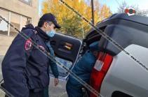 Խոշոր ավտովթար՝ Երևանում. բախվել են Honda Elysion-ն ու Honda CRV-ն, վերջինս գլխիվայր շրջվել է, կա վիրավոր