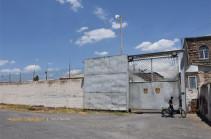 «ՔԿՀ-ները Հայաստանում հանցագործ արտադրող ձեռնարկություններ են». Կառավարությունը որոշեց փակել «Կոշ» ու «Հրազդան» քրեակատարողական հիմնարկները