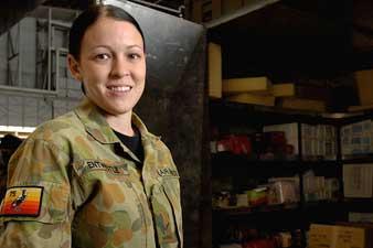 hot women in army
