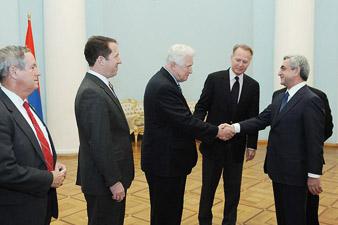 Президент Армении принял делегацию конгрессменов США