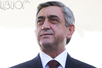 Президент Армении поздравил женщин с праздником