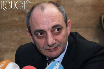 Bako Sahakyan awarded teachers of Music College