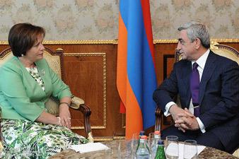 ՀՀ Նախագահն հյուրընկալել է Լիտվայի պաշտպանության նախարարին