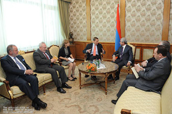 Serzh Sargsyan receives OSCE Minsk Group co-chairs
