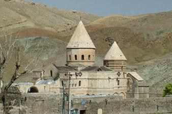Свыше 3000 человек совершили паломничество к монастырю Сурб Тадевос в Иране
