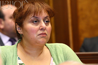 Shushan Petrosian sees nothing wrong in kissing activist
