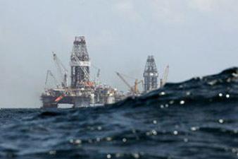 США вдвое сократили импорт нефти из Азербайджана