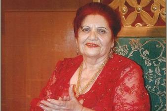 Armenian poetess Metakse dies aged 88