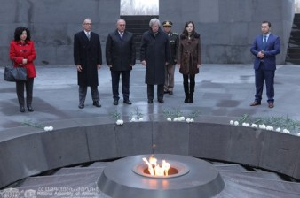 Uruguayan vice presidents visits Memorial to Armenian Genocide victims