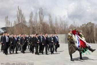RF FA State Duma Speaker Sergey Narishkin Visits the Armenian Genocide Memorial Complex of Tsitsernakaberd