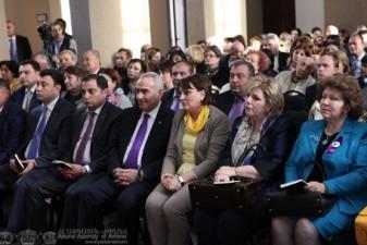"Galust Sahakyan Attends the Presentation of the Book ""Gyulunya"""
