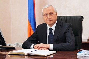 Armenia's agriculture minister leaves for US