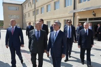 Президент Армении посетил ереванский филиал МГУ имени Ломоносова