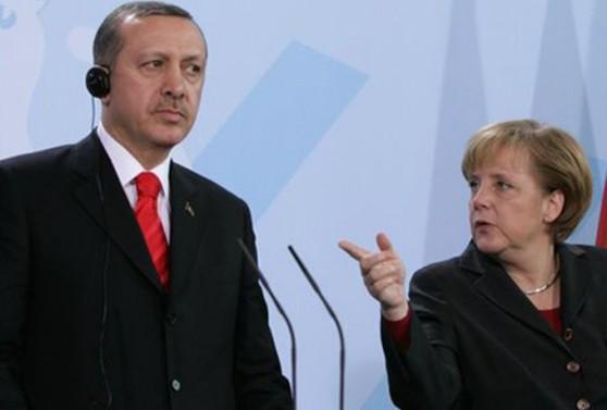 Ռուսաստանը օգնում է Հայաստանին, Թուրքիան՝ Ադրբեջանին.«Գորշ գայլերը» կարող են կովկասյան հակամարտությունը տեղափոխել Գերմանիա.