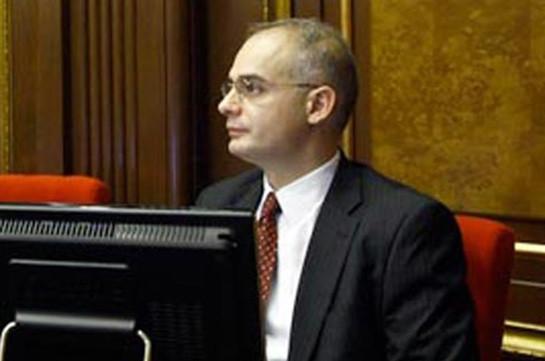 Левон Зурабян: Предпринимается попытка облегчить существование тех депутатов, которые «приносят» голоса, но в парламенте голоса не имеют