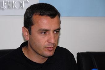 Вардан Минасян возглавит сборную Армении до 2012 года