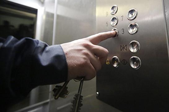 В столице России обвалился лифт слюдьми: никто невыжил