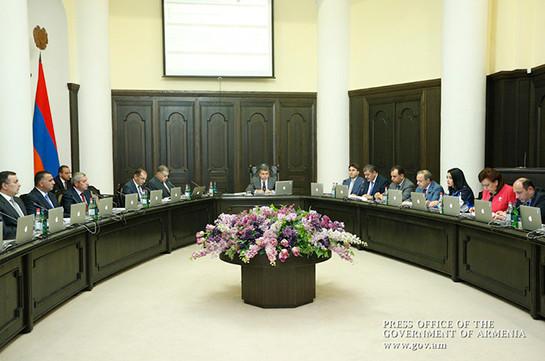 Премьер Армении предлагает своеобразные подходы для реального прогресса