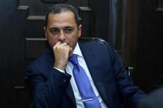«Иравунк»: Новоназначенный губернатор Сюника пытается заменить кадры Сурена Хачатряна