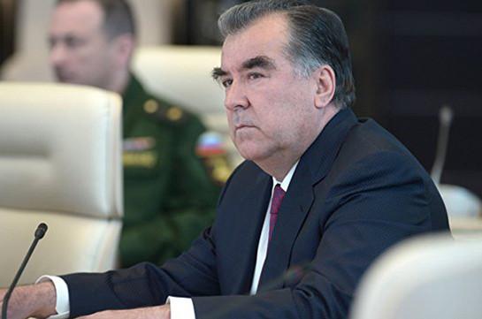 ВТаджикистане ужесточили наказание заоскорбление президента