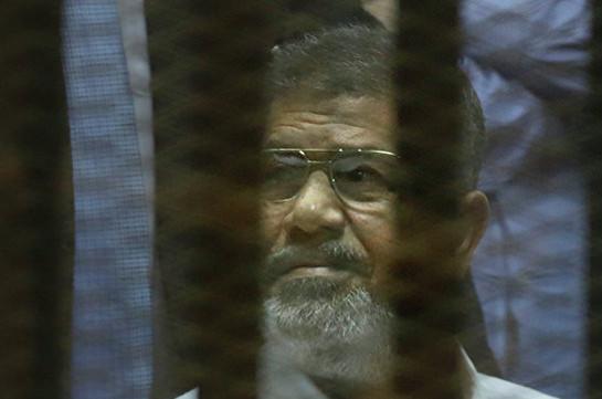 Экс-президенту Египта Мурси отменили пожизненный вердикт