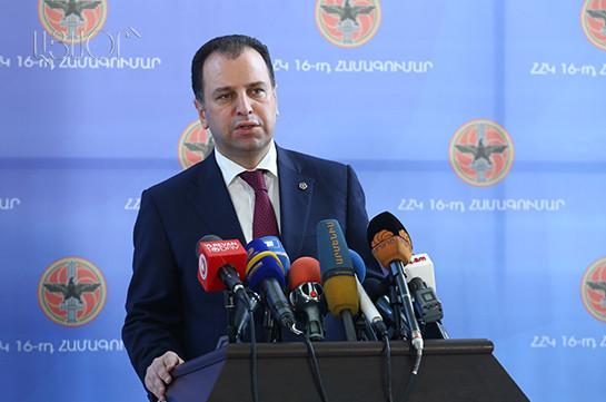 Глава Минобороны Армении Виген Саркисян мотивировал свое решение о вступлении в ряды правящей РПА