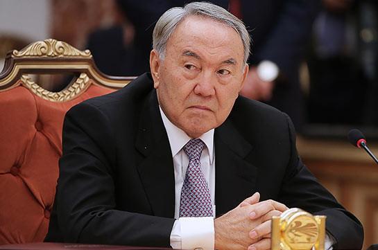 Назарбаев устал: Президент Казахстана желает разделить полномочия сКабмином ипарламентом