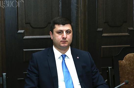 Ադրբեջանը ապրիլին տապալվեց, այժմ գնում է բլեֆի ճանապարհով. քաղաքագետ