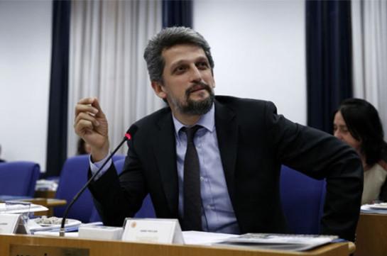 Փայլանը մեջլիսում խոսել է Հայոց ցեղասպանության մասին. նրան հեռացրել են նիստի աշխատանքներից
