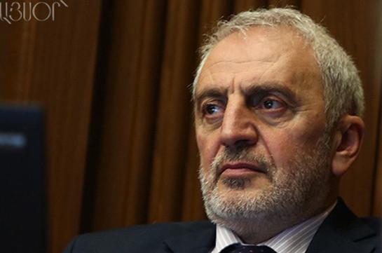 ВАрмении оппозиция требует перенести дату парламентских выборов