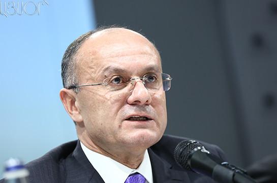 Экс-министру обороны Армении Сейрану Оганяну предъявлено обвинение