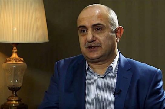 «Иравунк»: После изменения выдвинутых экс-командующему Армией обороны НКР Самвелу Бабаяну обвинений ему грозит 11 лет тюрьмы