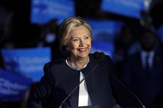 CNN: Клинтон дала понять, что больше не будет участвовать в выборах